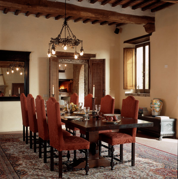 Settled In Tuscany: Villa Tour Dining Room